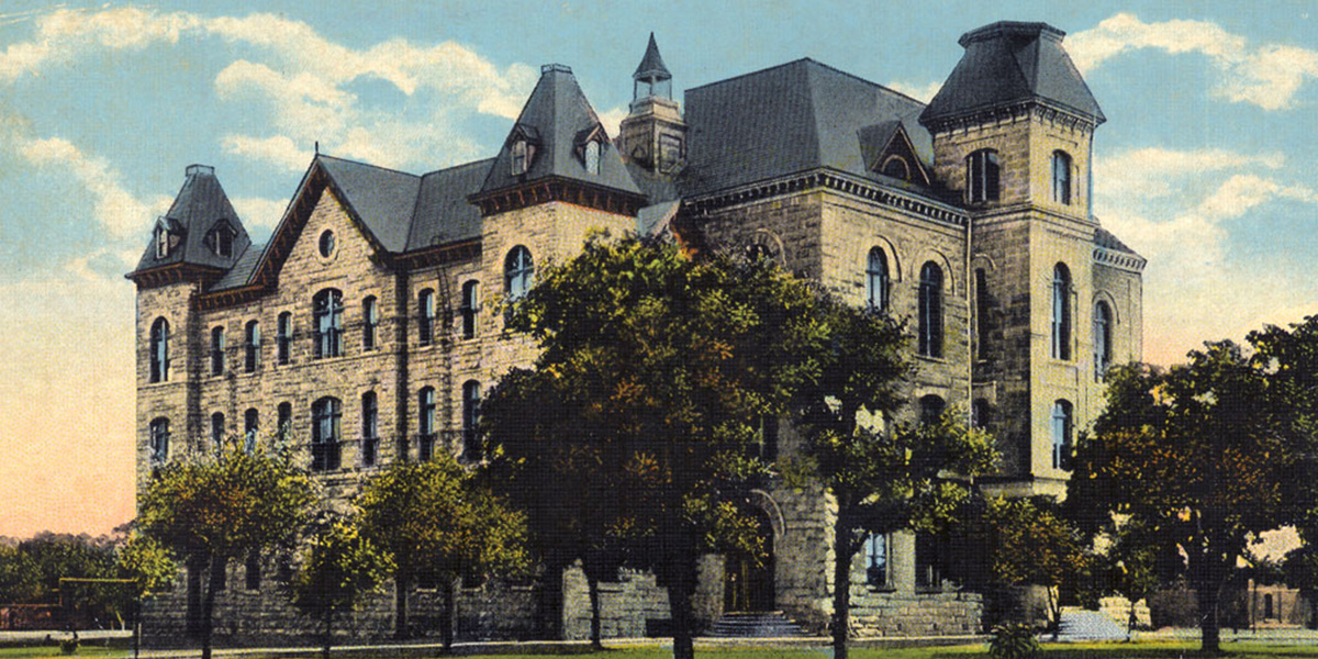 HPC produces first student production, <I>HP Monthly</I> and Robnett Hall destroyed by fire (1902)</br>HPC begins intercollegiate athletics (1903)</br>New wing on Old Main erected (1907)