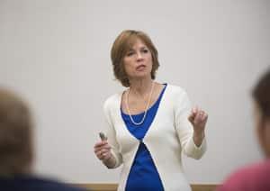 Lynn Humeniuk in class for web