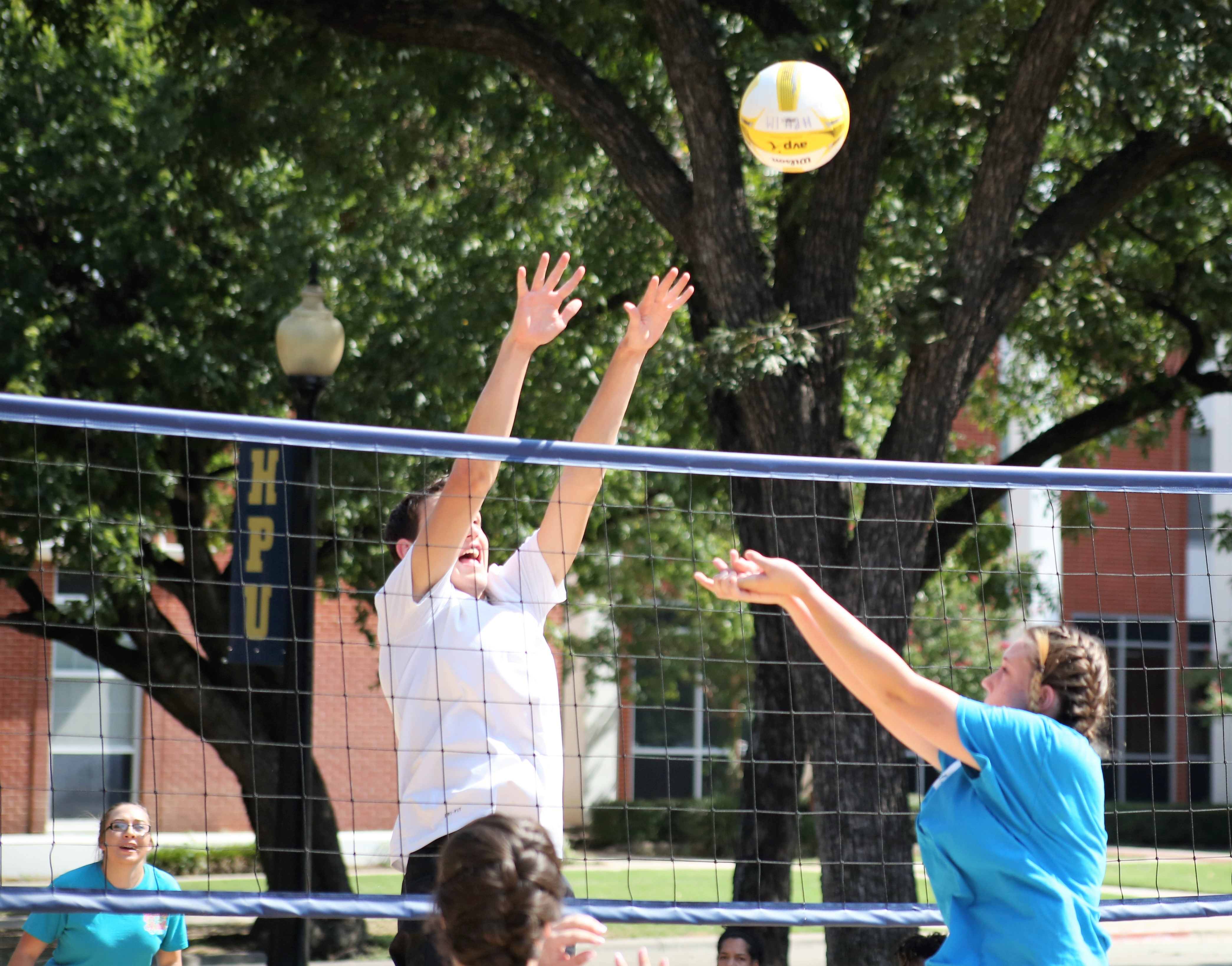 Photo 1 - Sand volleyball game